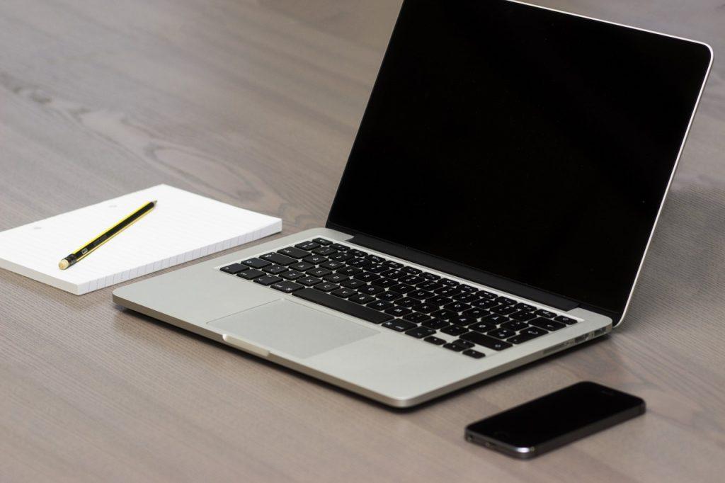 영어 이메일 쓰는법 비지니스 영어메일 전문가처럼 쓰는방법 (인사 , 소개)