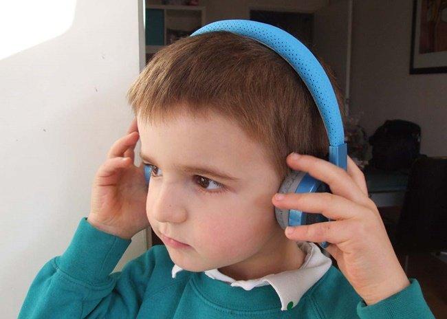 언탱글드 릴가젯 프로 헤드셋 , 어린이 청력보호에 딱