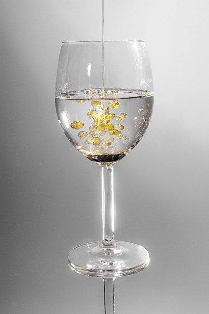 glass 101666 640 유성매직 지우는법 잘못 따라하면 망하는 이유