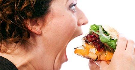 eating hamburger crazy 512 5만명 이상의 인생을 바꾼 9가지 살빼기 전략