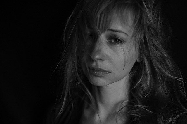 tears 4551435 640 여자 카톡 읽씹 안읽씹 대처하는 법(feat 소개팅)