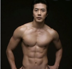 가슴모양 분석 남자가슴모양 , 나도 외국모델처럼 만들 수 있을까?